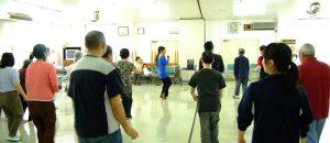 精神病棟でのダンスボランティアをする田中由美子
